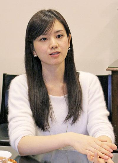 松野エリカさん