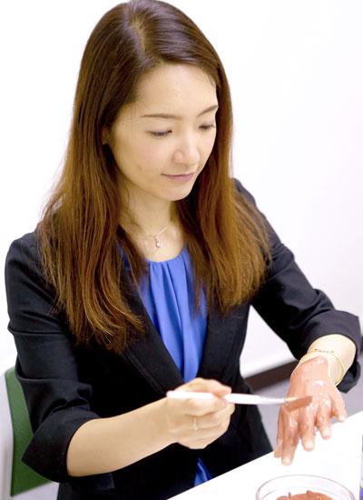 藤井里美さん
