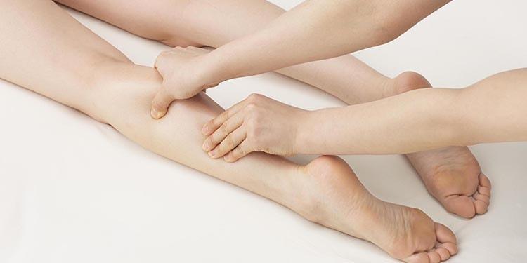 働く人へのお助けグッズ 日頃の体の疲れを解消『脚のむくみ対策編』