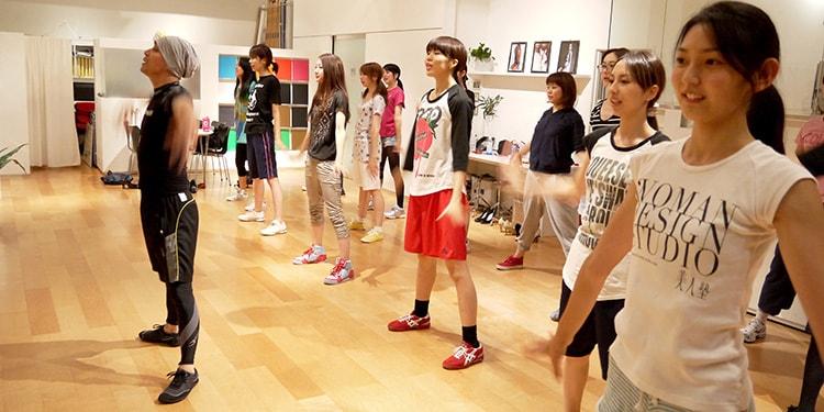 日本発!歌って踊るエンターテイメント「カラフィット」#1