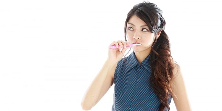 「もしかして口が臭い?」口臭を防ぐためのセルフケア・病的口臭について