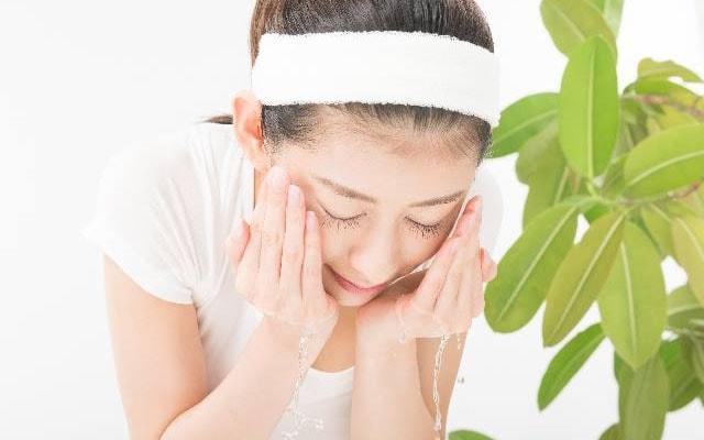 顔の正しい洗い方