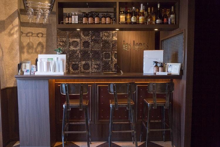 """バーのような空間でお客さまの""""今""""に合ったスタイルを作る!『LOS LOBOS』"""