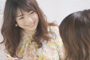 柴田祐美子 interview #1:転職して美容の世界へ!個性と向き合うメイクレッスンとは