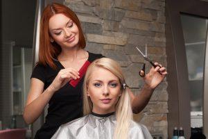 美容師の離職率は高い?離職する理由は何?辞める前にチェックしたい資格を生かす4つの道